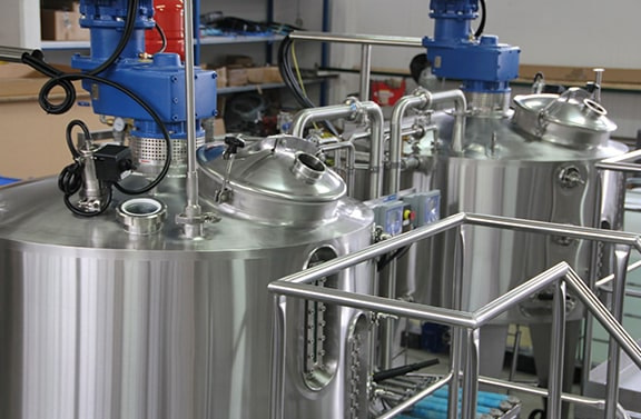 mixing system and tanks